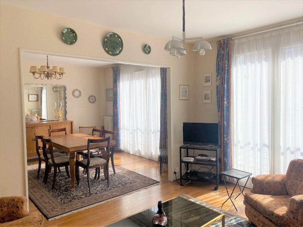 Appartement à vendre 4 72.34m2 à Cachan vignette-1