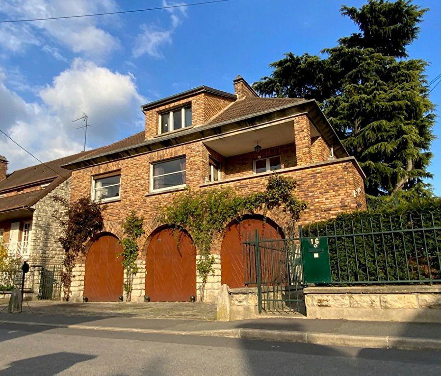 Maison à vendre 7 190m2 à L'Haÿ-les-Roses vignette-2