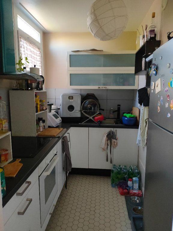 Appartement à louer 2 51m2 à Chevilly-Larue vignette-4