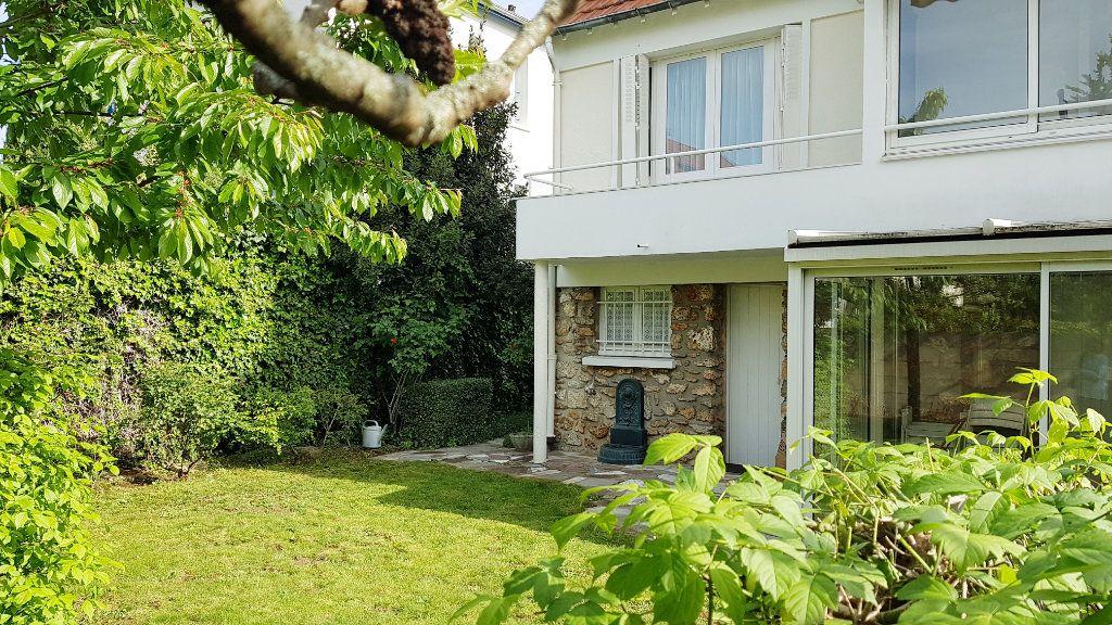 Maison à vendre 6 130m2 à L'Haÿ-les-Roses vignette-1