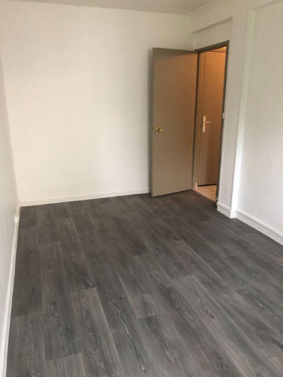 Appartement à louer 4 68.13m2 à Chilly-Mazarin vignette-9