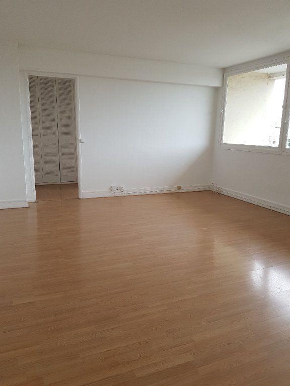 Appartement à louer 3 69.36m2 à Antony vignette-1