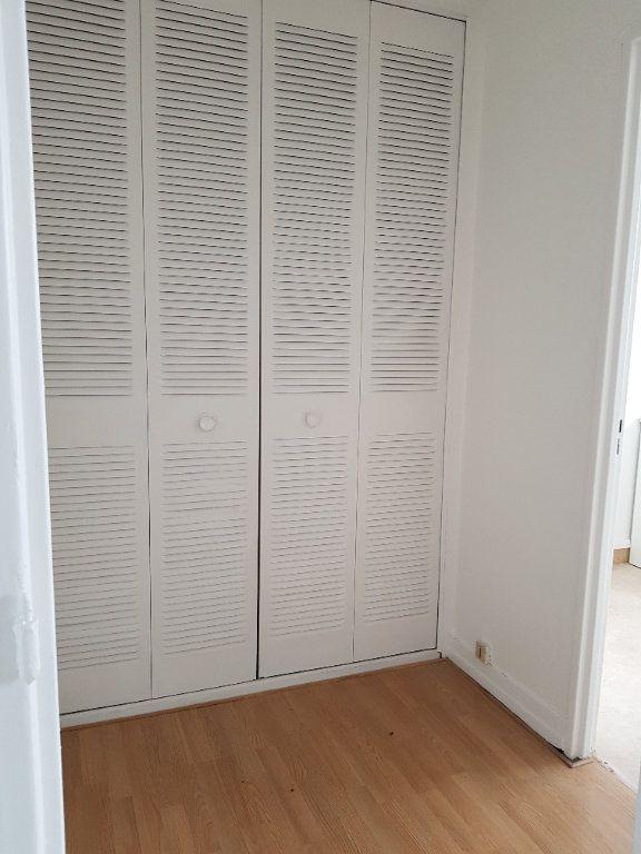 Appartement à louer 3 69.36m2 à Antony vignette-8