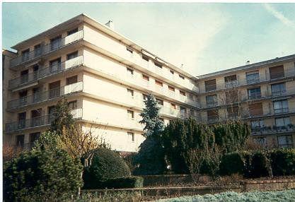Appartement à louer 3 60.4m2 à L'Haÿ-les-Roses vignette-1