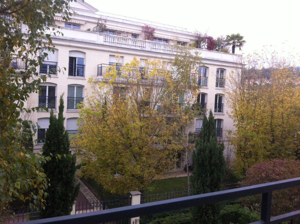 Appartement à louer 1 31.82m2 à Le Plessis-Robinson vignette-6