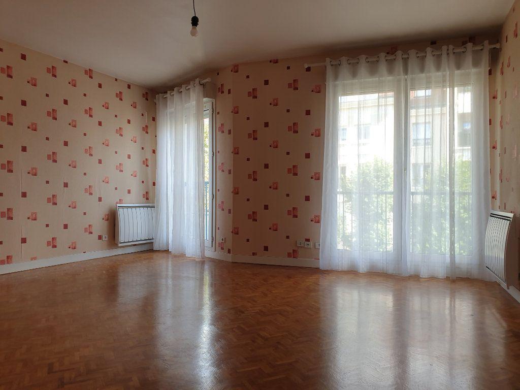 Appartement à louer 3 74.47m2 à Antony vignette-6
