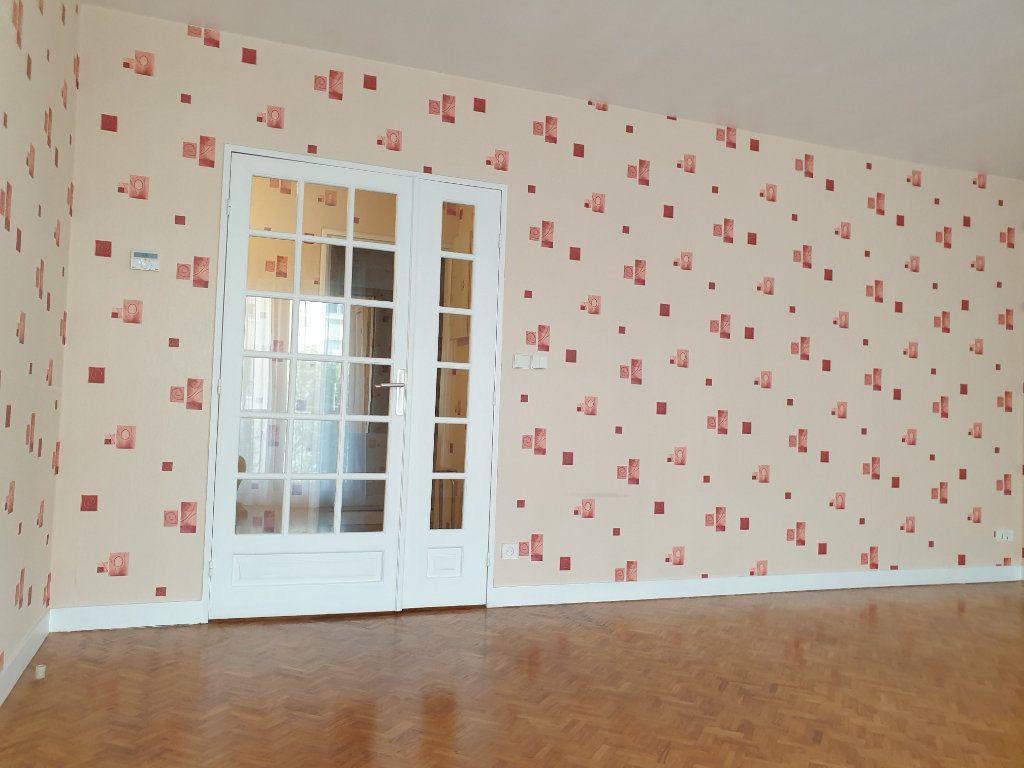 Appartement à louer 3 74.47m2 à Antony vignette-7