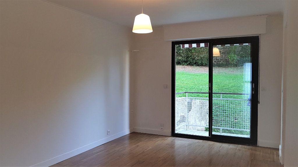 Appartement à louer 3 50.75m2 à L'Haÿ-les-Roses vignette-1