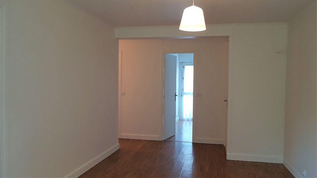 Appartement à louer 3 50.75m2 à L'Haÿ-les-Roses vignette-3