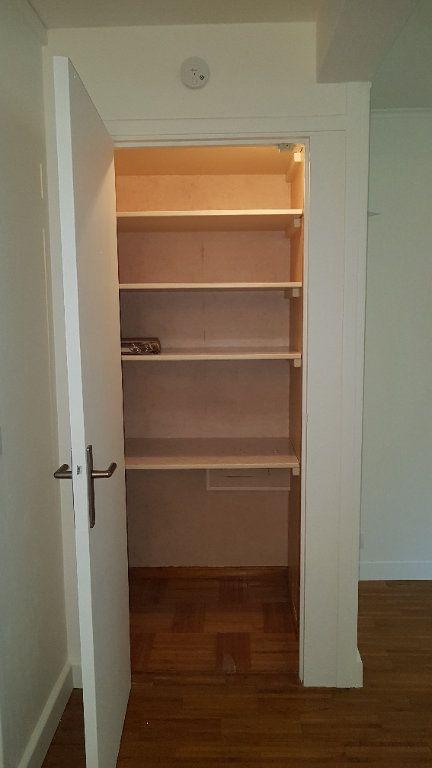 Appartement à louer 3 50.75m2 à L'Haÿ-les-Roses vignette-7