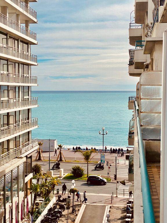 Appartement à vendre 2 76.1m2 à Nice vignette-1