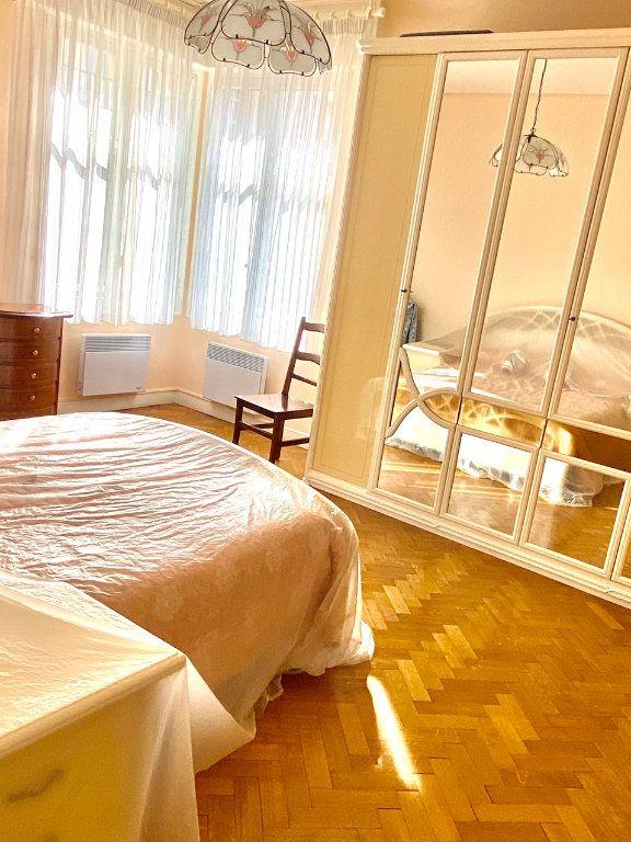 Appartement à vendre 2 76.1m2 à Nice vignette-2