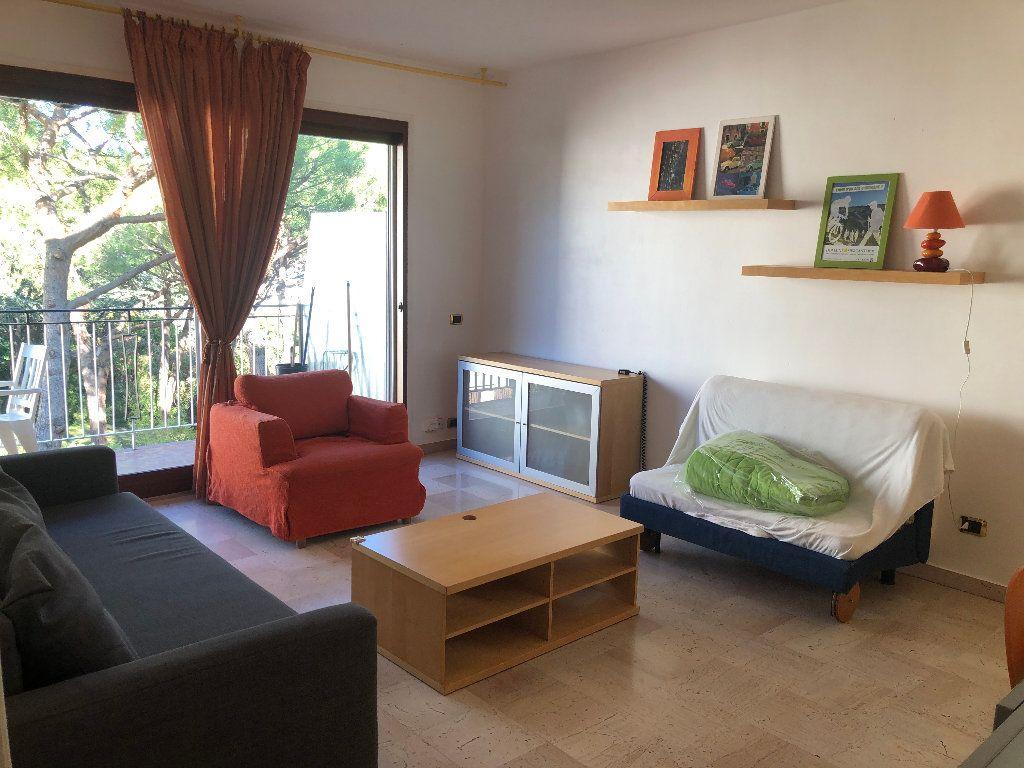 Appartement à louer 2 60m2 à Nice vignette-2
