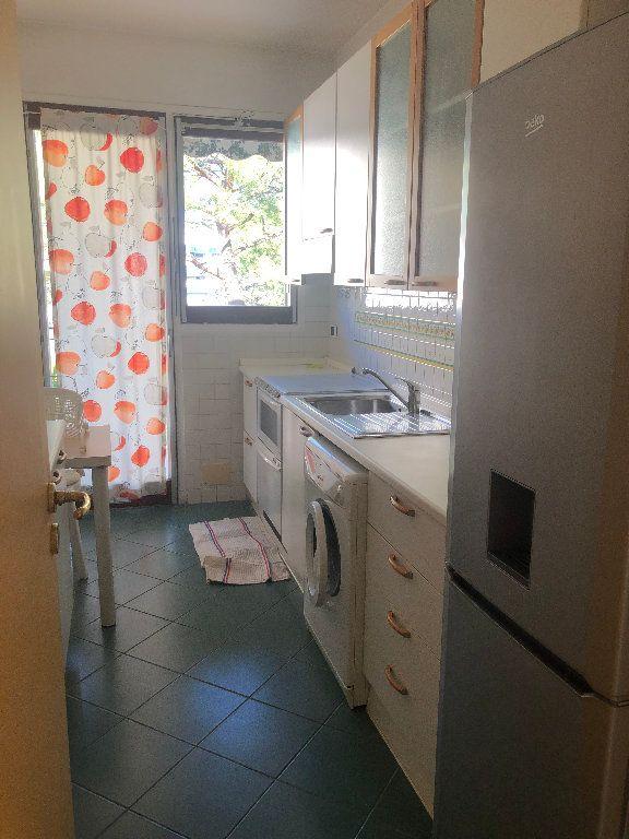 Appartement à louer 2 60m2 à Nice vignette-4