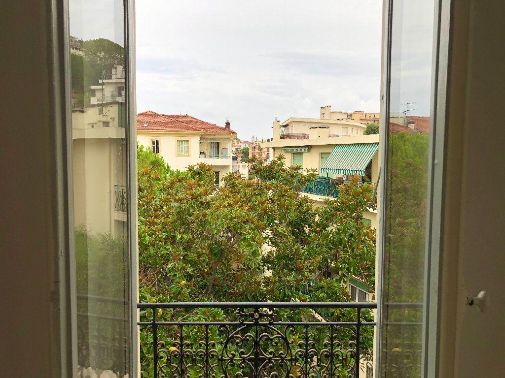 Appartement à louer 2 24.75m2 à Nice vignette-5