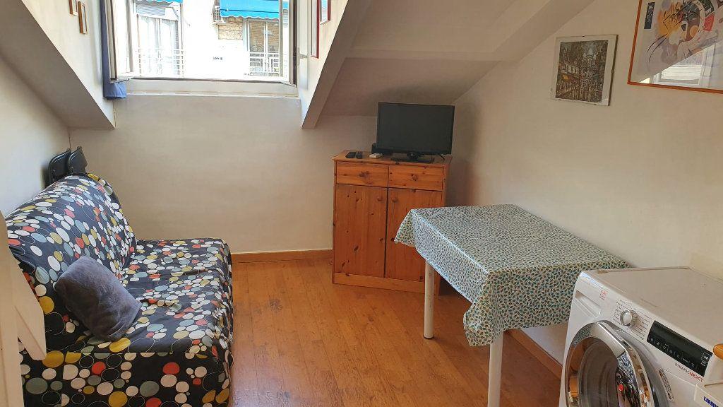 Appartement à louer 1 21m2 à Nice vignette-1