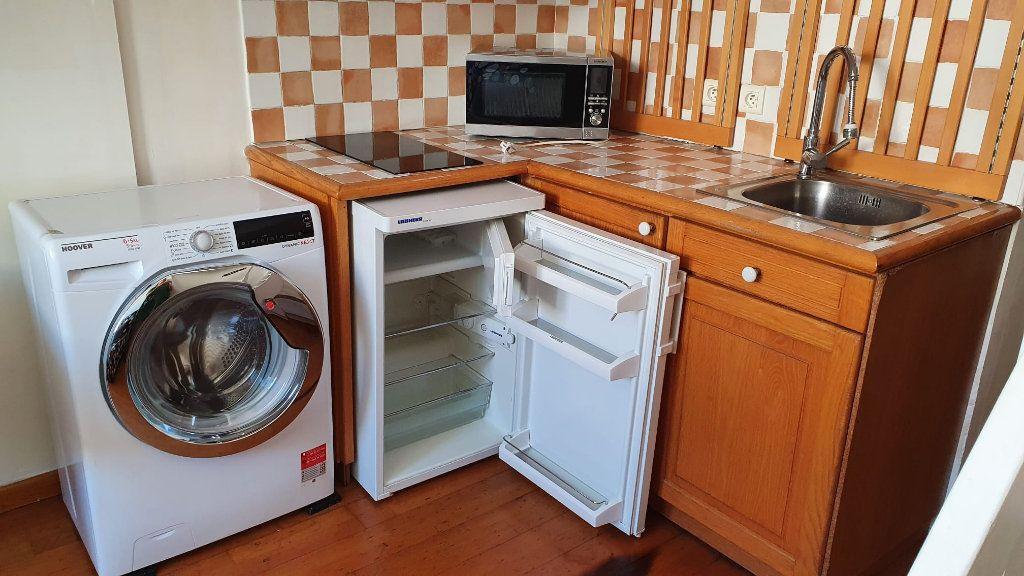 Appartement à louer 1 21m2 à Nice vignette-2