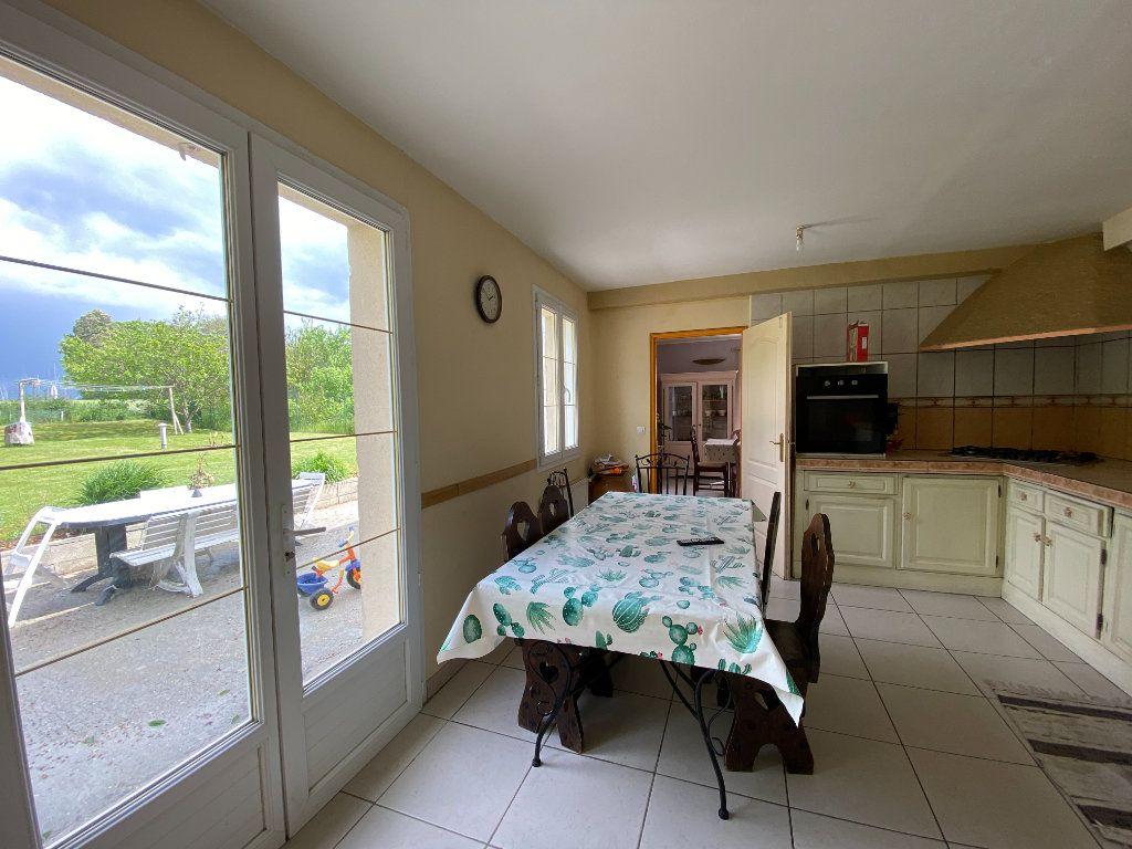 Maison à vendre 9 188m2 à Fay-les-Étangs vignette-4