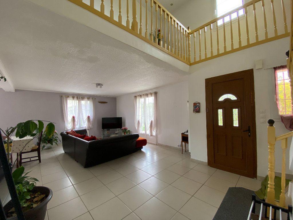 Maison à vendre 9 188m2 à Fay-les-Étangs vignette-8