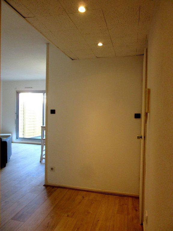 Appartement à louer 1 40m2 à Tarbes vignette-6