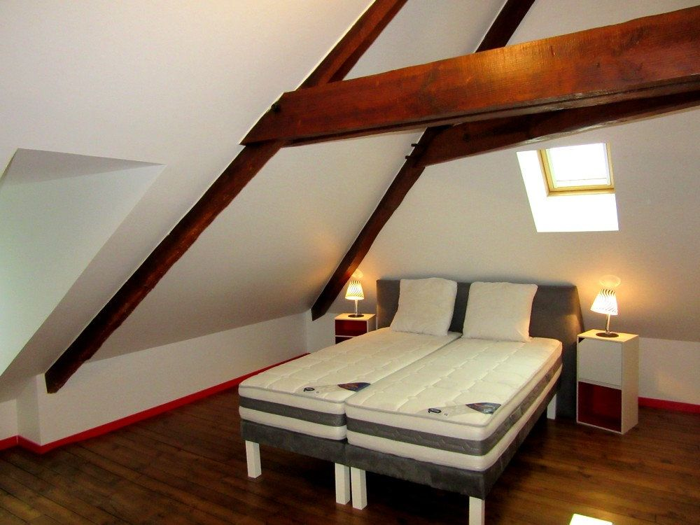 Appartement à louer 1 25m2 à Vic-en-Bigorre vignette-4