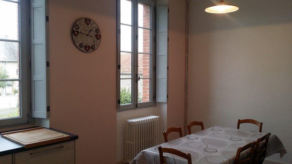 Appartement à louer 1 25m2 à Vic-en-Bigorre vignette-10