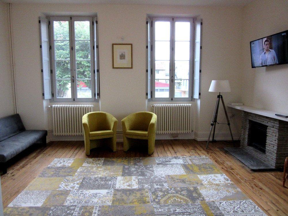 Appartement à louer 1 25m2 à Vic-en-Bigorre vignette-11