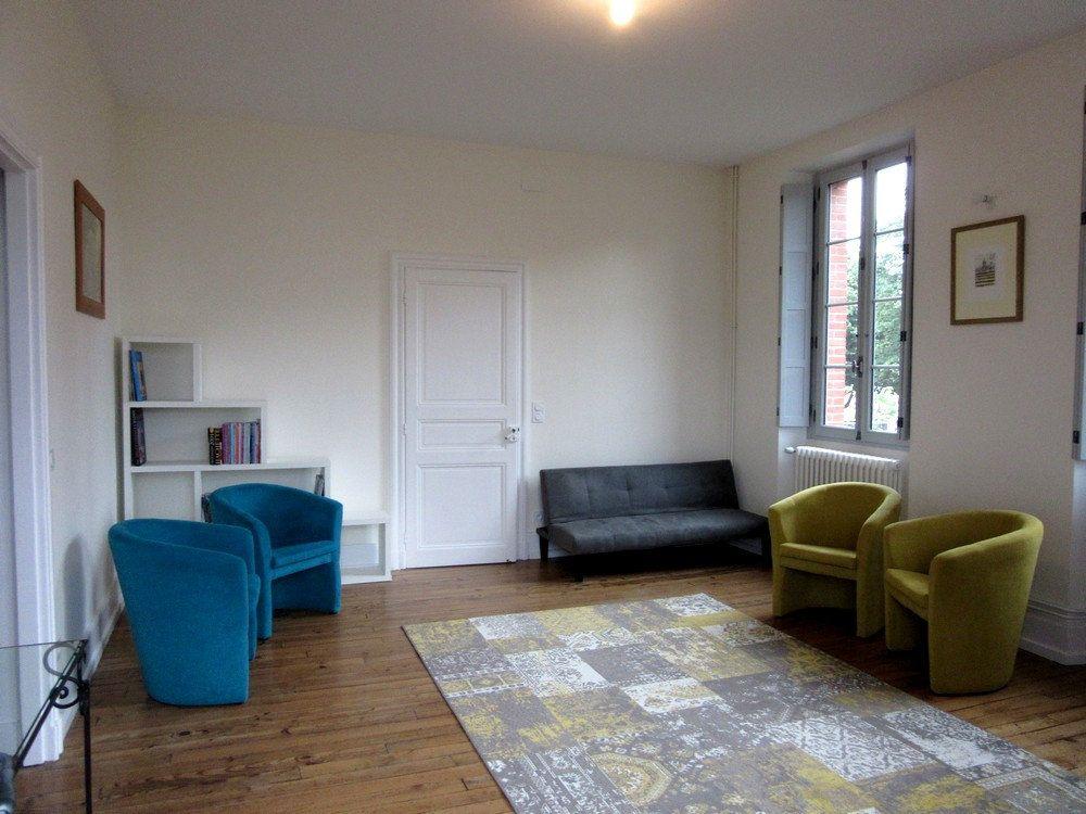Appartement à louer 1 25m2 à Vic-en-Bigorre vignette-14
