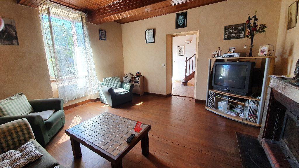 Maison à vendre 4 135m2 à Villecomtal-sur-Arros vignette-3