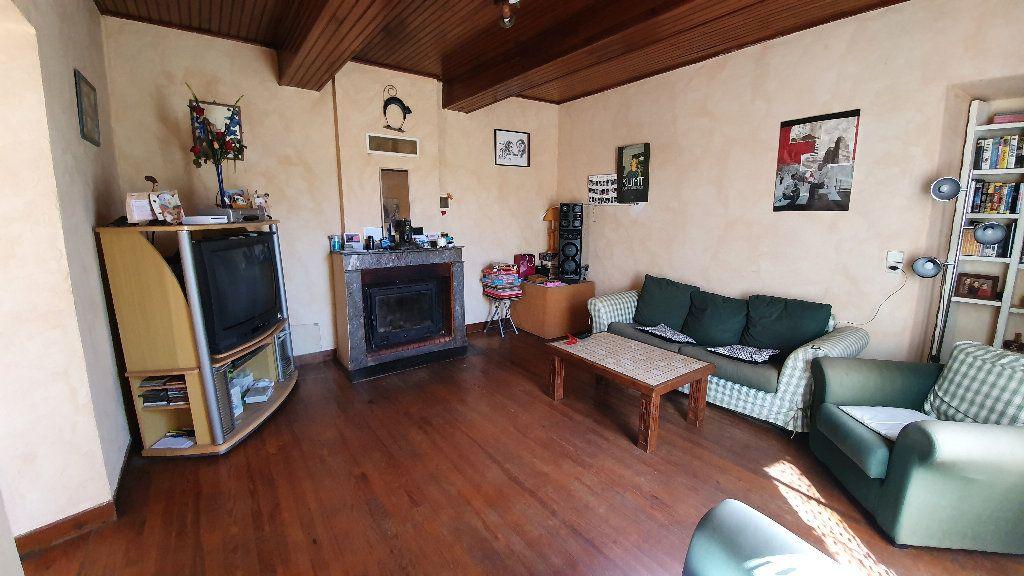 Maison à vendre 4 135m2 à Villecomtal-sur-Arros vignette-5