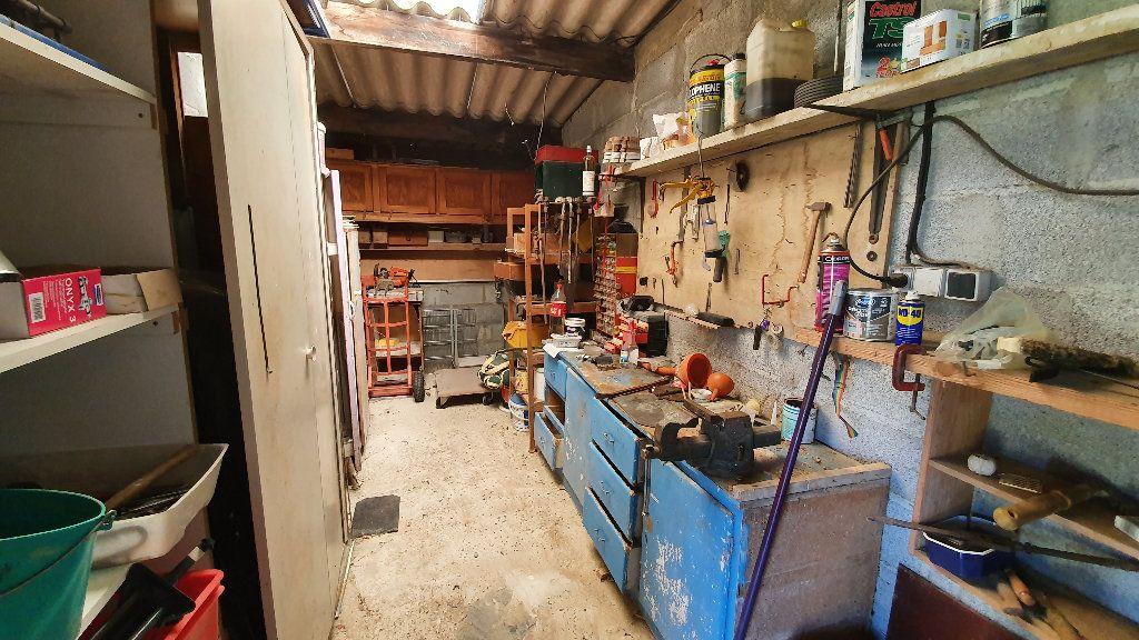 Maison à vendre 4 135m2 à Villecomtal-sur-Arros vignette-9