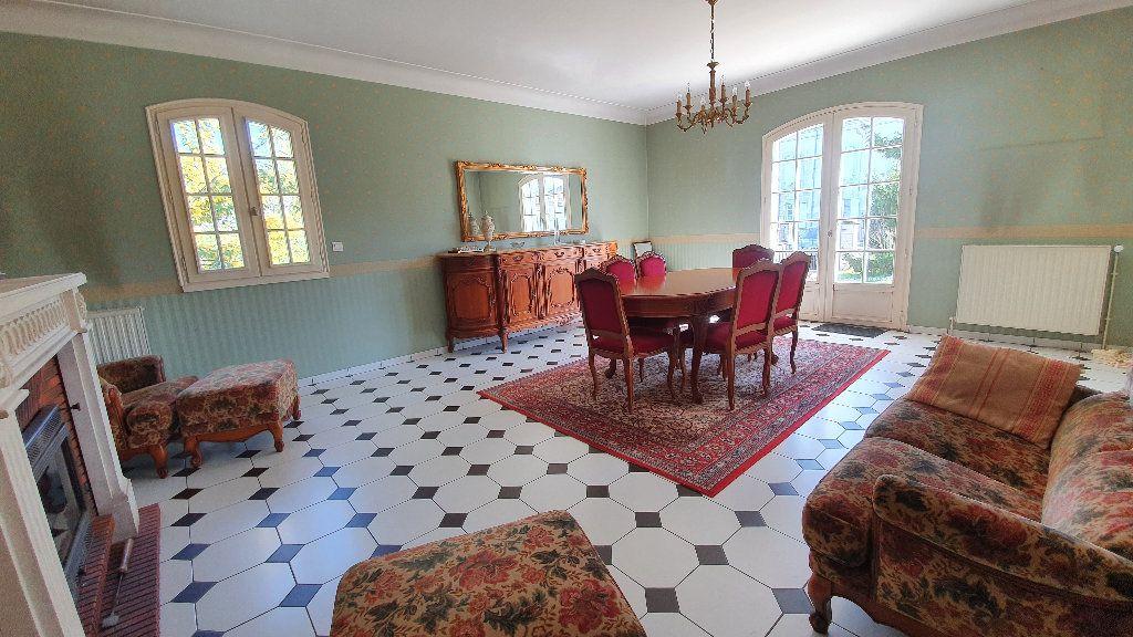 Maison à vendre 7 144m2 à Vic-en-Bigorre vignette-3