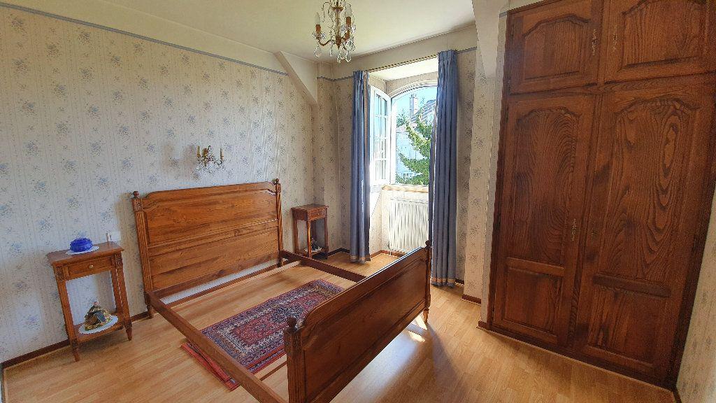 Maison à vendre 7 144m2 à Vic-en-Bigorre vignette-5