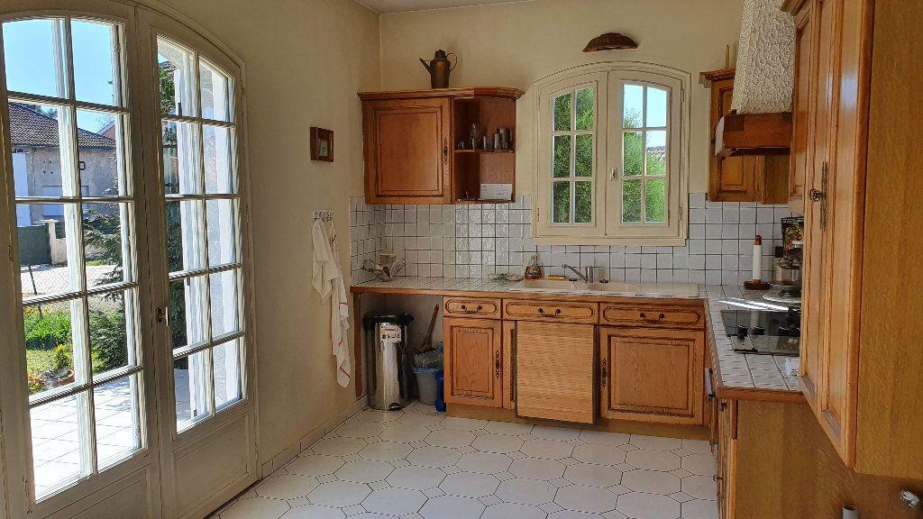 Maison à vendre 7 144m2 à Vic-en-Bigorre vignette-8