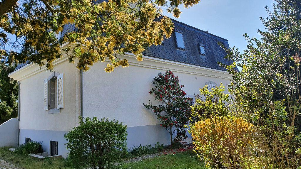 Maison à vendre 7 144m2 à Vic-en-Bigorre vignette-16