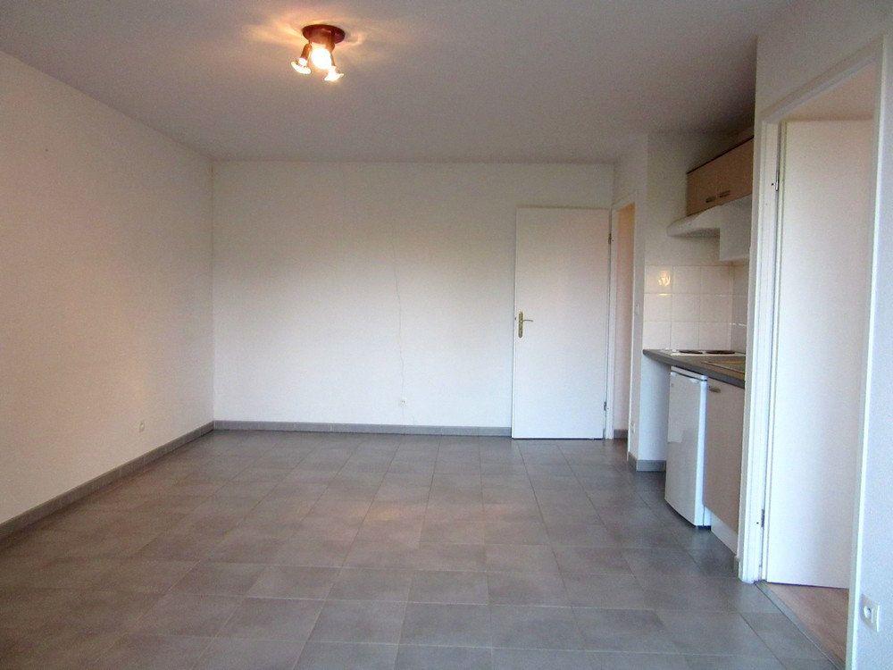 Appartement à vendre 2 40m2 à Vic-en-Bigorre vignette-7