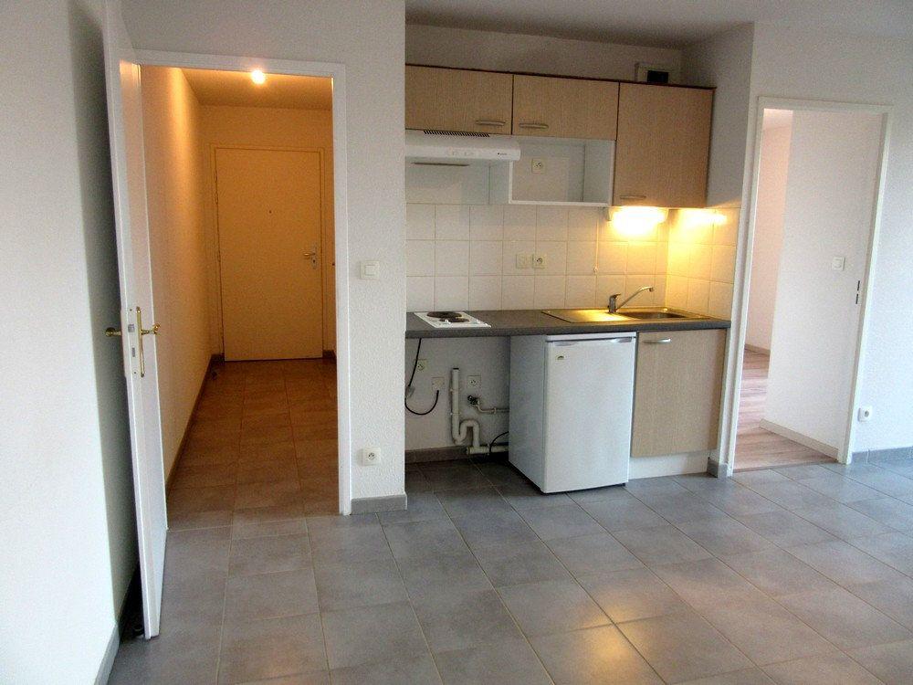 Appartement à vendre 2 40m2 à Vic-en-Bigorre vignette-8