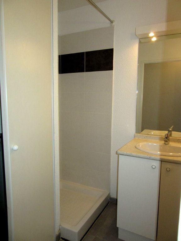 Appartement à vendre 2 40m2 à Vic-en-Bigorre vignette-10