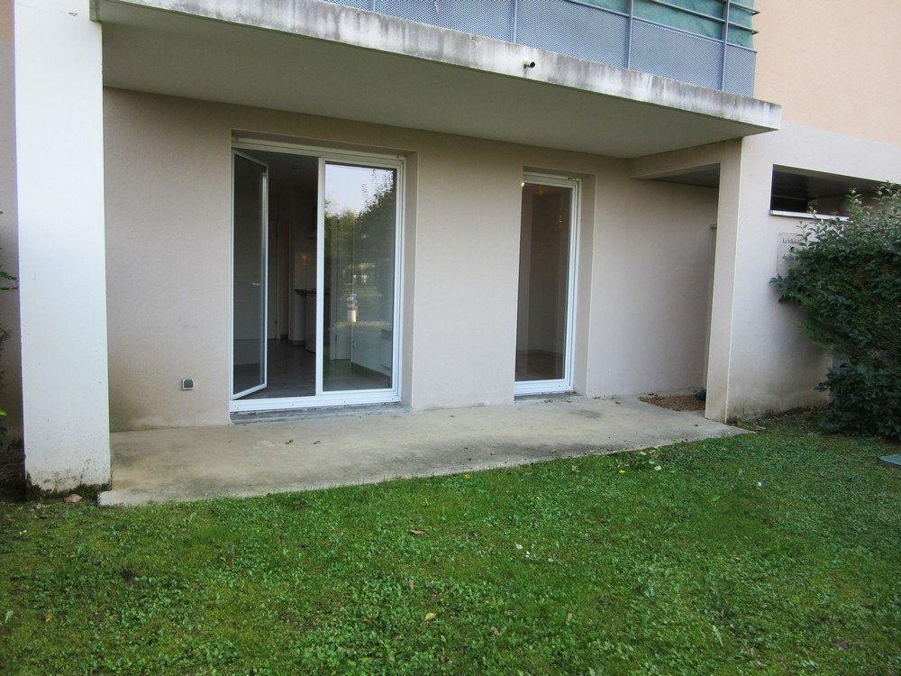 Appartement à vendre 2 40m2 à Vic-en-Bigorre vignette-12