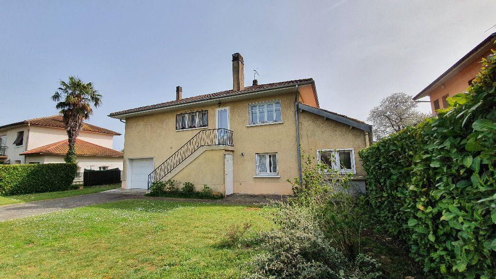 Maison à vendre 7 135m2 à Vic-en-Bigorre vignette-14
