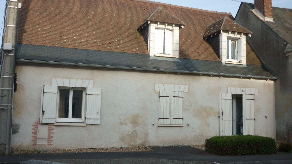 Maison à louer 2 37m2 à Saint-Laurent-en-Gâtines vignette-1