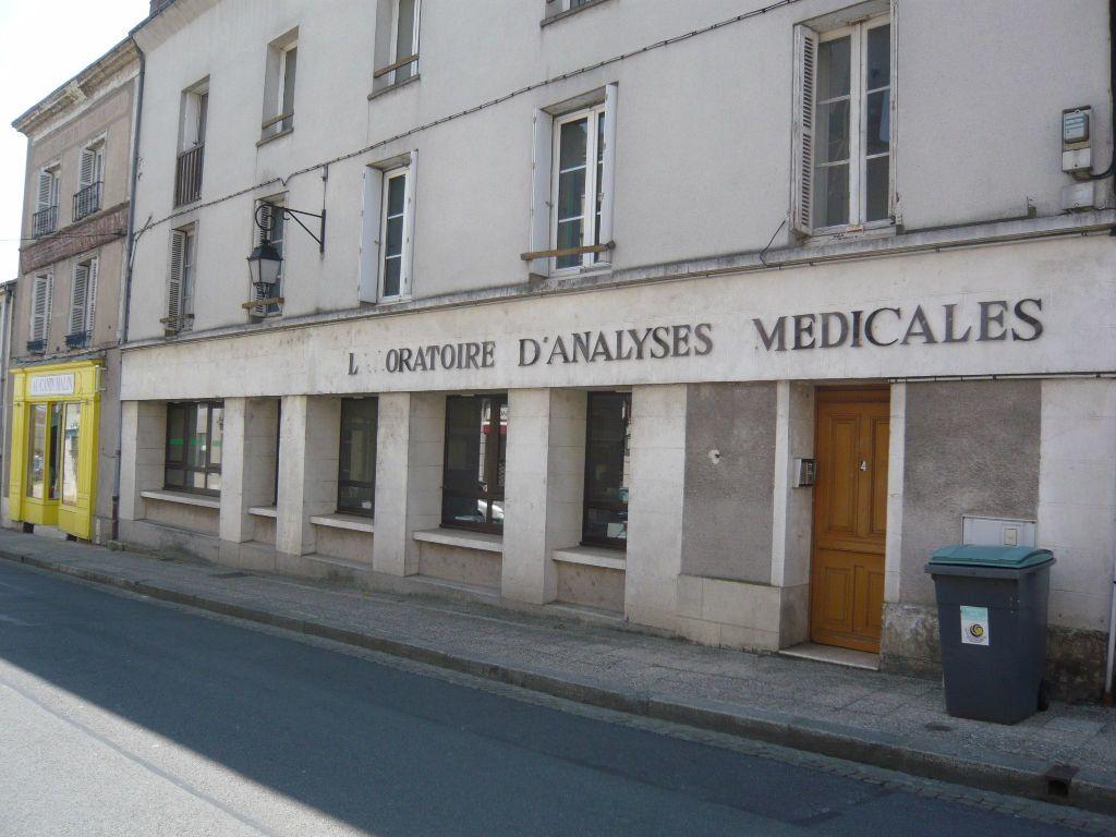 Appartement à louer 3 45.71m2 à Château-Renault vignette-1