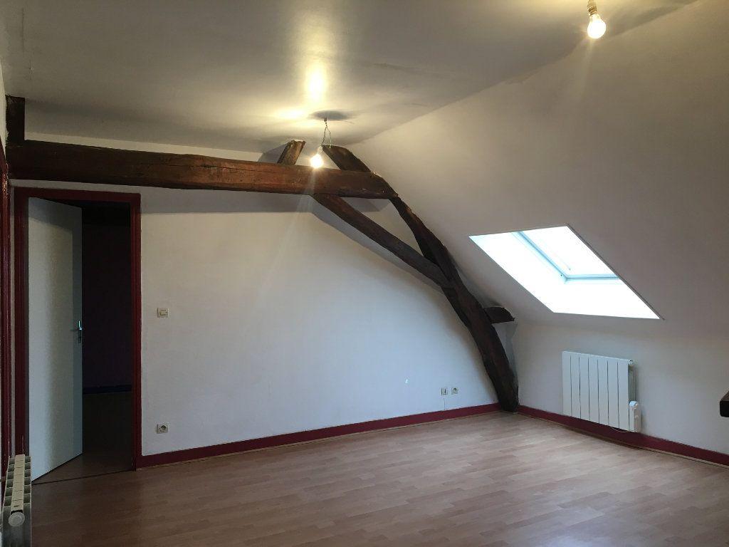 Appartement à louer 3 45.71m2 à Château-Renault vignette-3