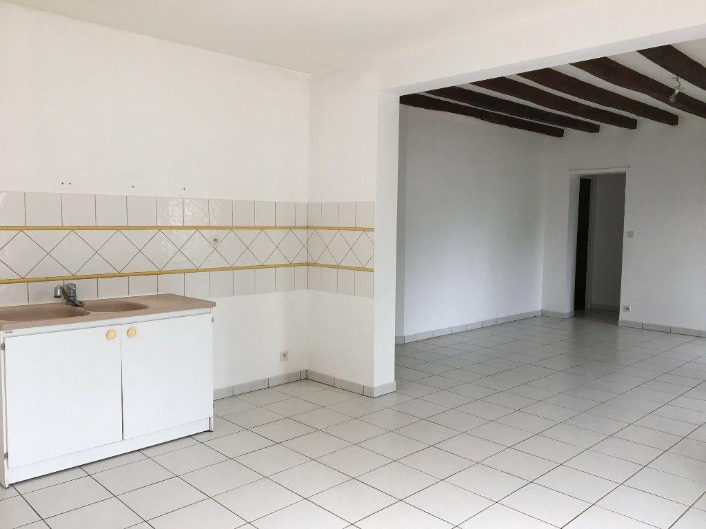 Maison à vendre 8 158.21m2 à Château-Renault vignette-3
