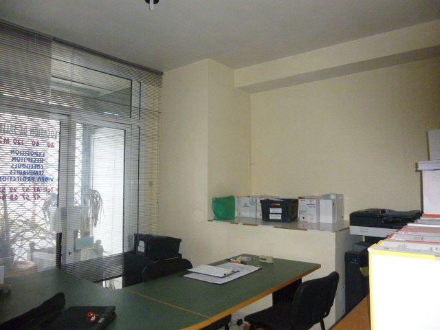 Immeuble à vendre 0 610m2 à Amboise vignette-2