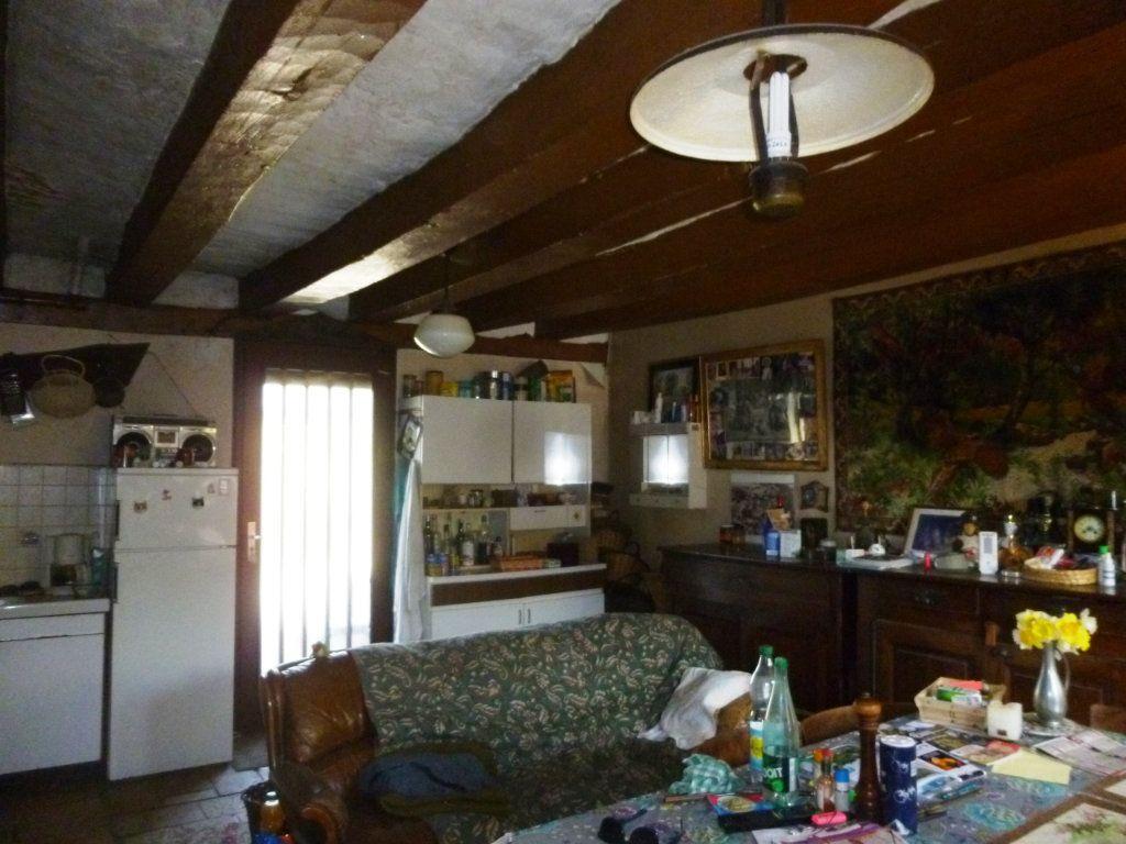 Maison à vendre 5 111m2 à Saunay vignette-5