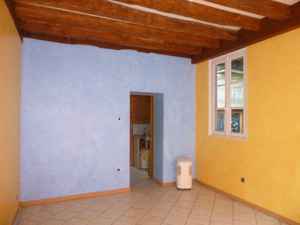 Maison à vendre 3 0m2 à Château-Renault vignette-2