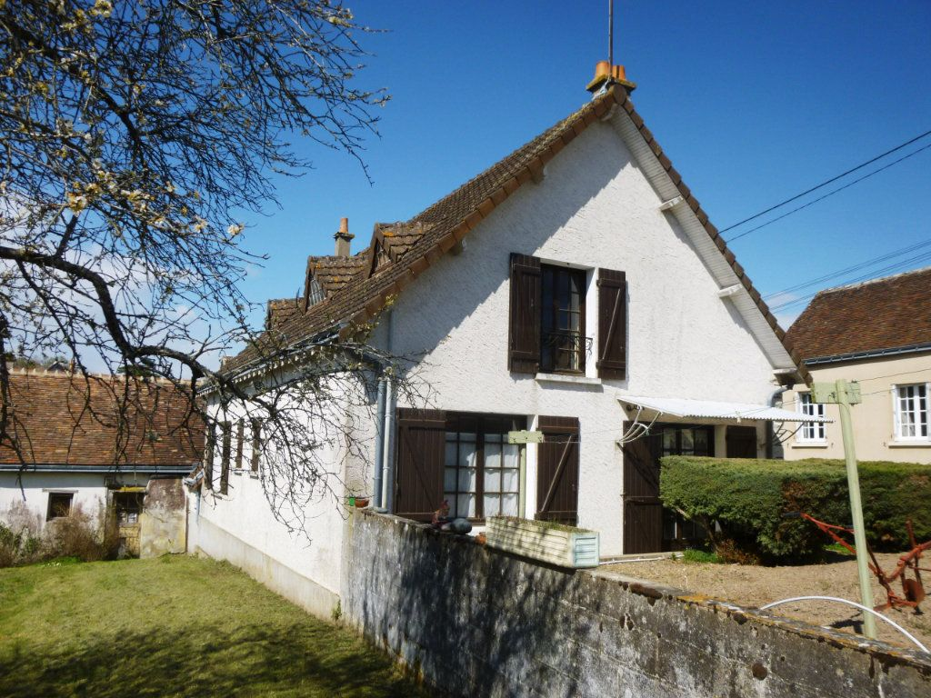 Maison à vendre 5 120m2 à Les Hermites vignette-1