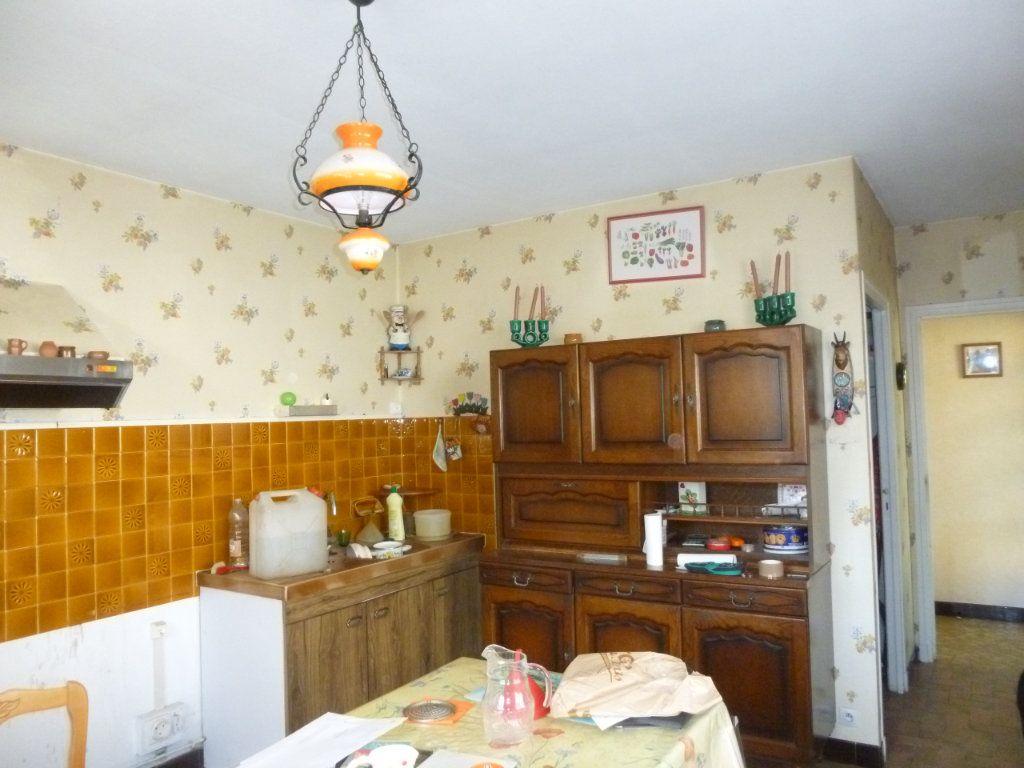 Maison à vendre 5 120m2 à Les Hermites vignette-3