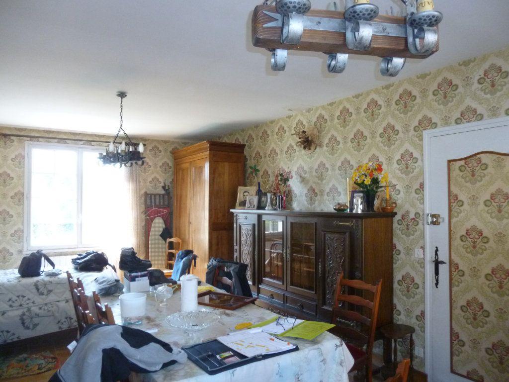Maison à vendre 5 120m2 à Les Hermites vignette-4
